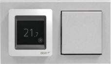 терморегулятор Devireg Touch в групповой рамке